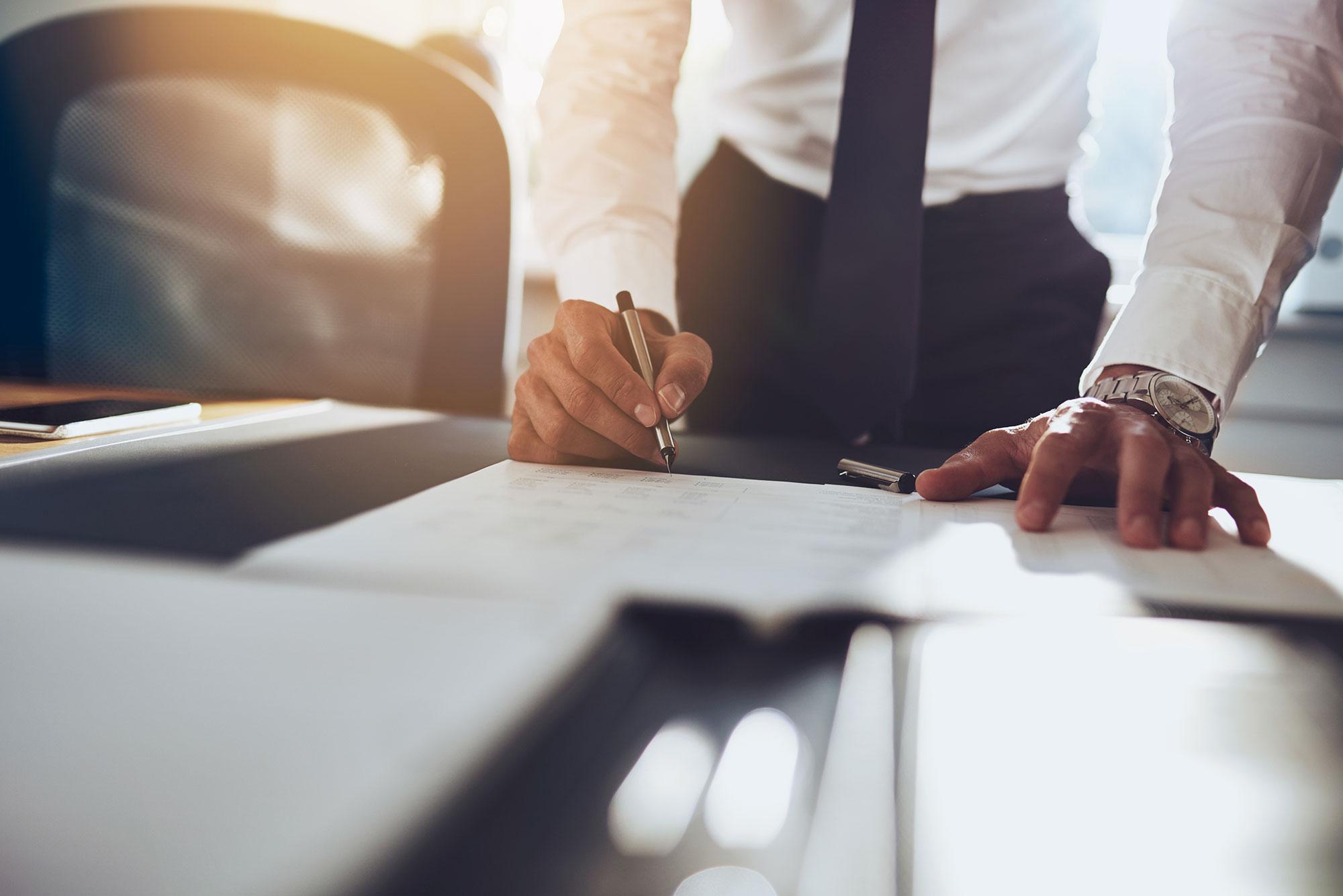 firma_contratto_lavoro